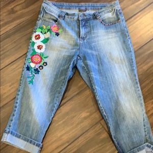 Boston Proper Embroidered Capri Jeans